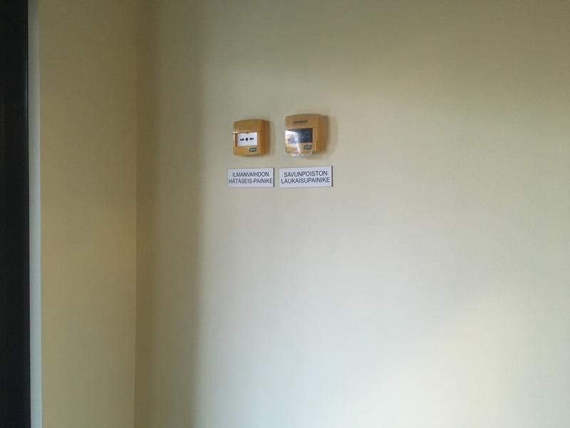 IV-hätäseis ja savunpoiston laukaisu