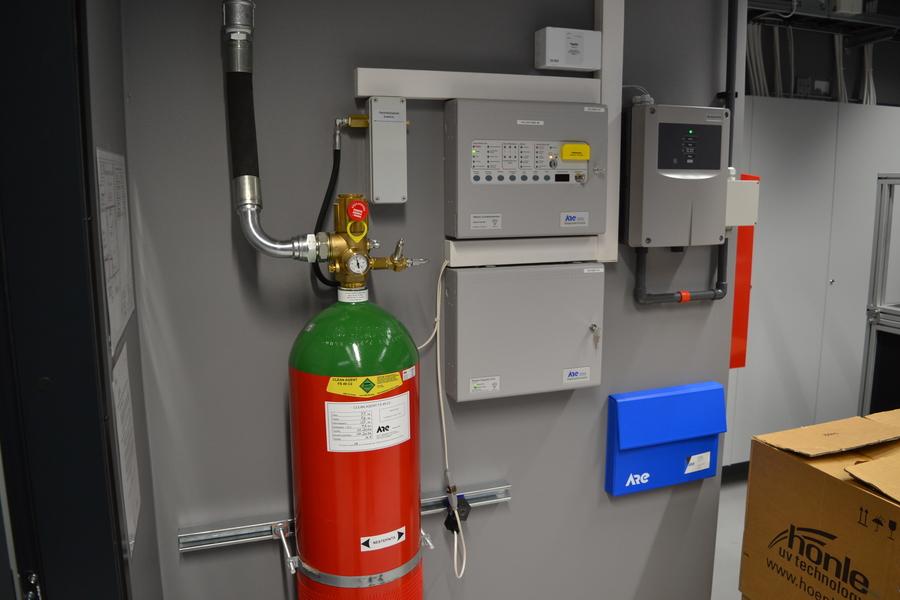 Kaasusammutusjärjestelmän keskus