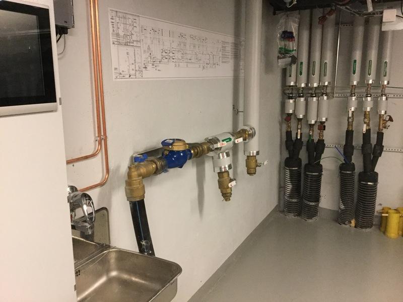 Veden pääsulku lämmönjakohuoneessa